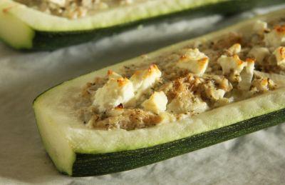 Überbackene Zucchini mit Feta
