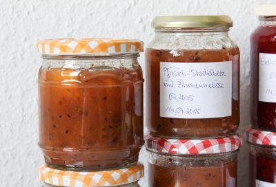 Pfirsich-Stachelbeermarmelade
