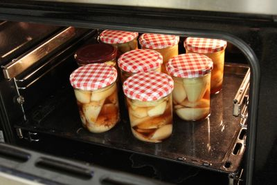 Birnen im Backofen einkochen
