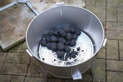 Kohle eingelegt