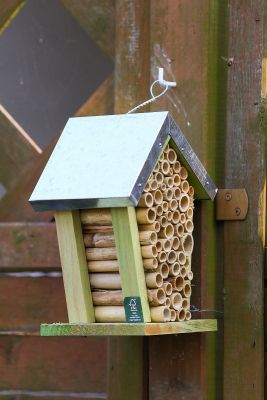 Insektenhotel für Wildbienen